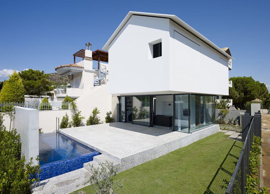 Ngôi nhà thiết kế với tầm nhìn rộng nhưng vẫn phải đảm bảo riêng tư với hàng xóm
