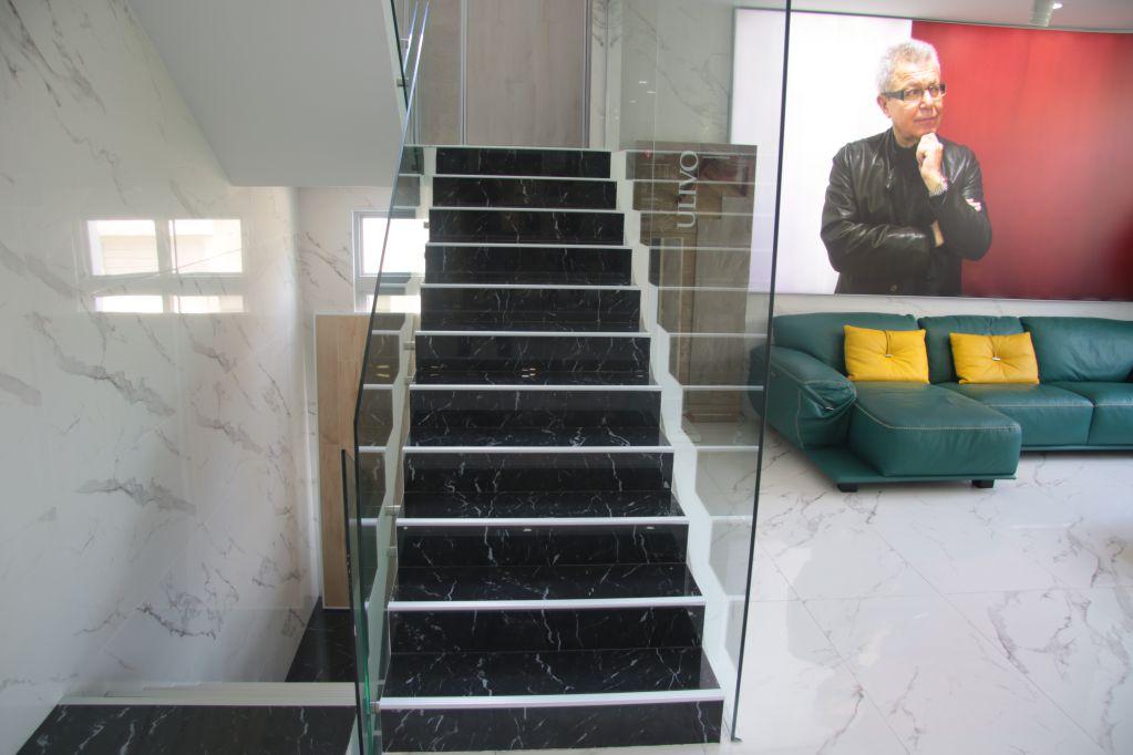 Chọn gạch ốp cầu thang theo đúng tiêu chuẩn