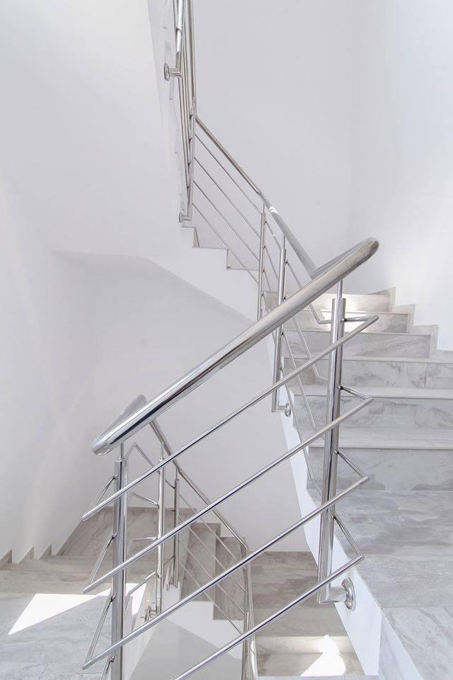 Lý do và tiêu chí chọn gạch ốp cầu thang